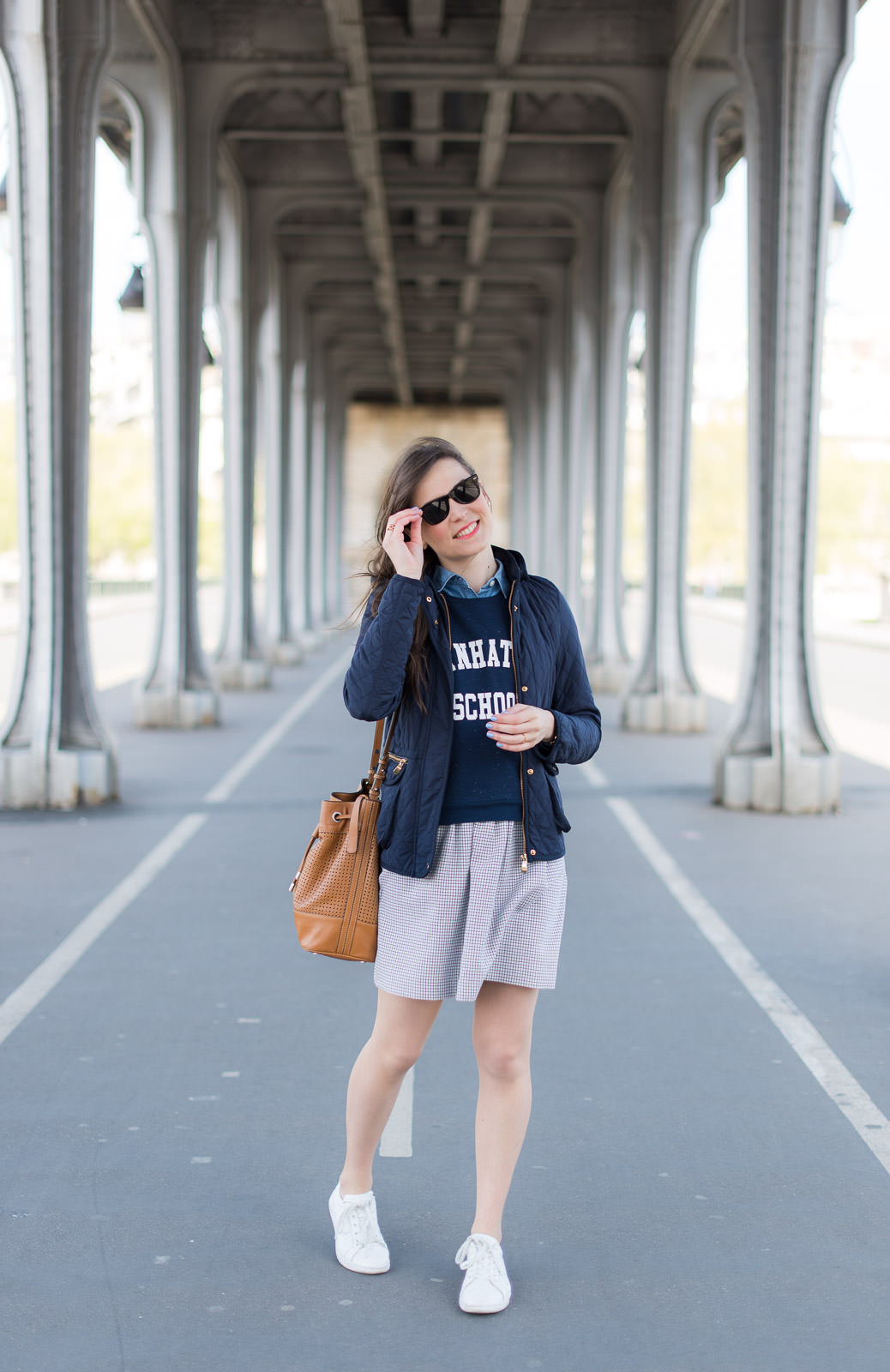 Blog-Mode-And-The-City-looks-Cropped-Sweat-Bizzbee