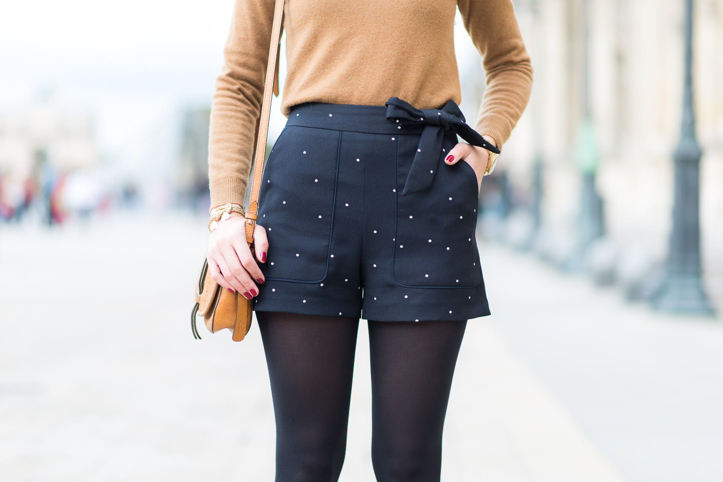 http://www.modeandthecity.net/wp-content/uploads/2015/09/Blog-Mode-And-The-City-Look-Le-short-à-pois-12.jpg