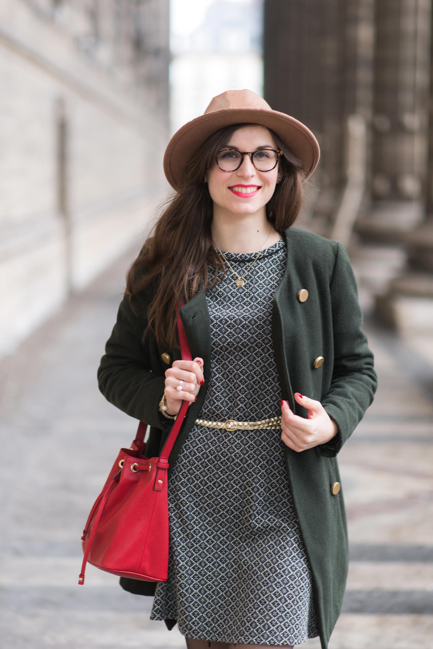 Blog-Mode-And-The-City-Looks-A-l'abri-de-la-pluie