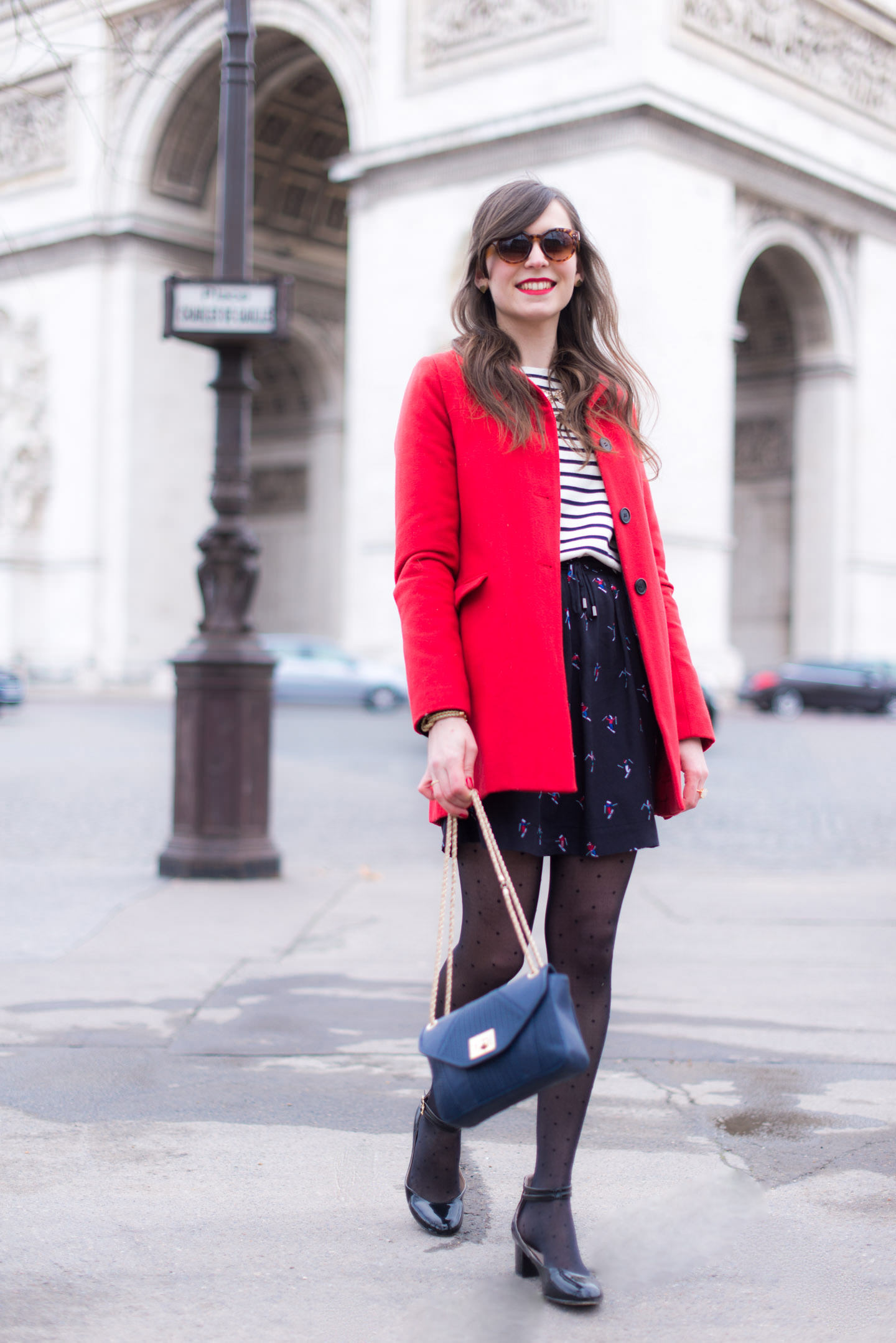 Blog-Mode-And-The-City-Looks-Au-Pied-Arc-Triomphe-Paris-11