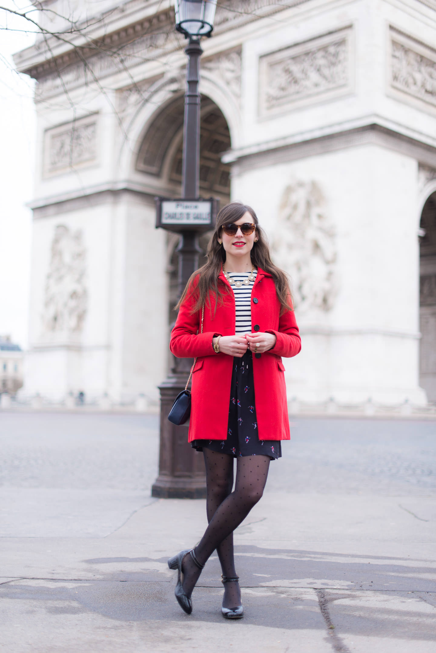 Blog-Mode-And-The-City-Looks-Au-Pied-Arc-Triomphe-Paris-8