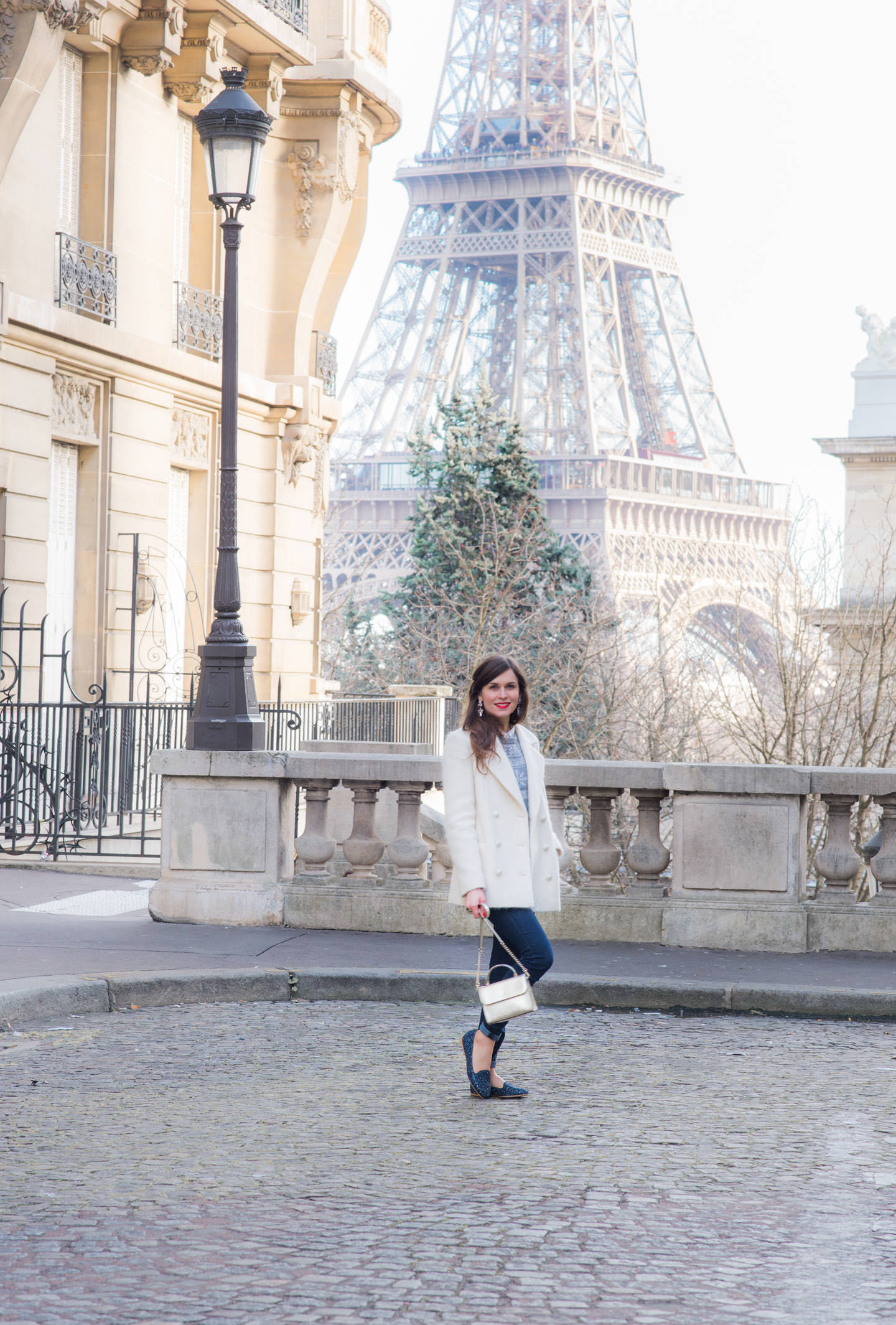 Blog-Mode-And-The-City-Looks-Le-manteau-blanc-13