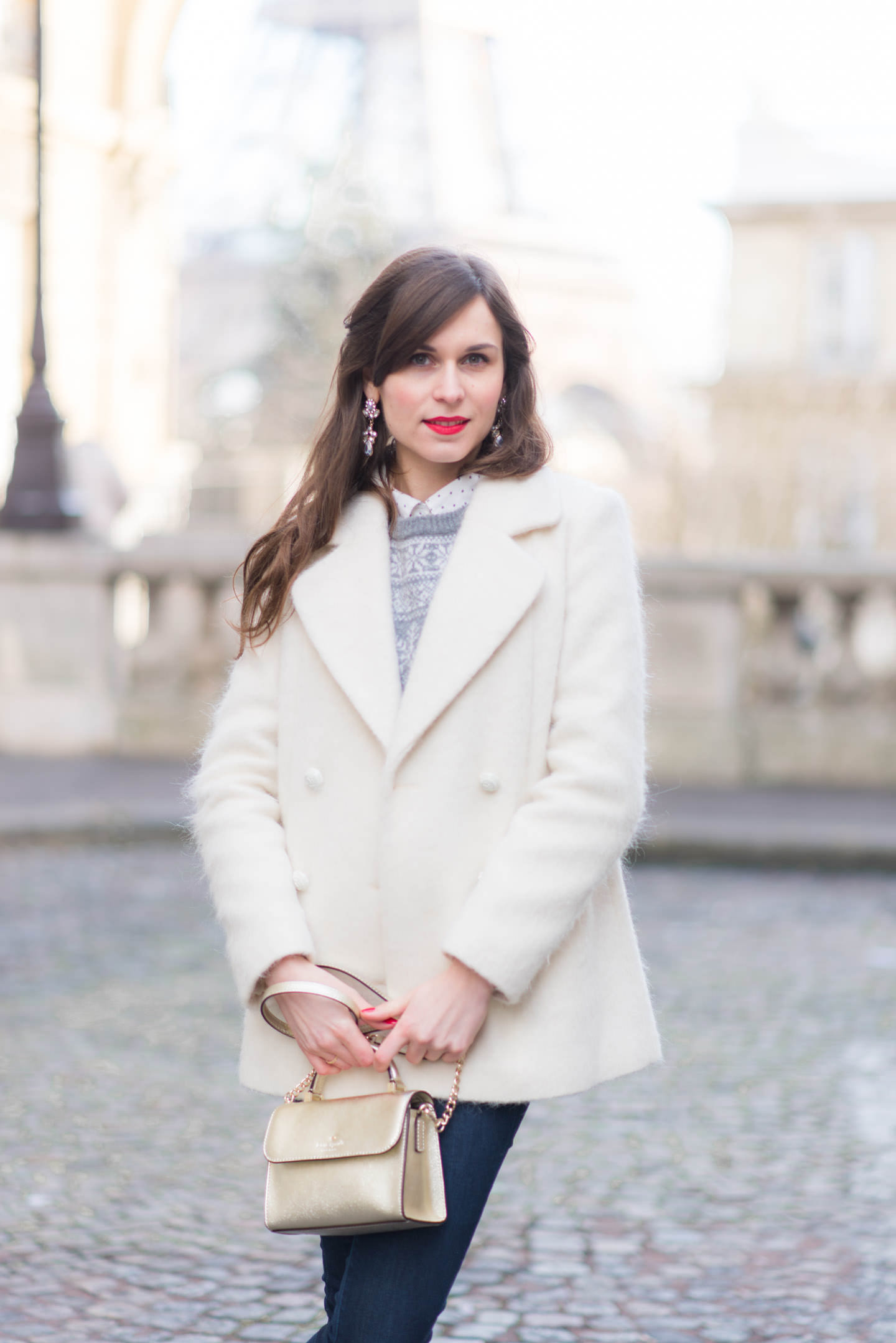 Blog-Mode-And-The-City-Looks-Le-manteau-blanc-4