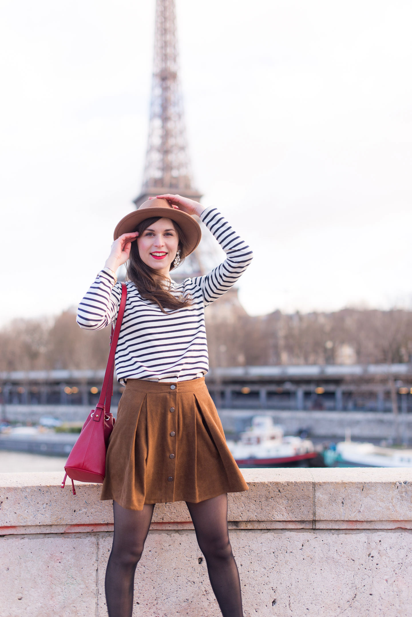 Blog-Mode-And-The-City-Looks-Tour-Eiffel-Rayures