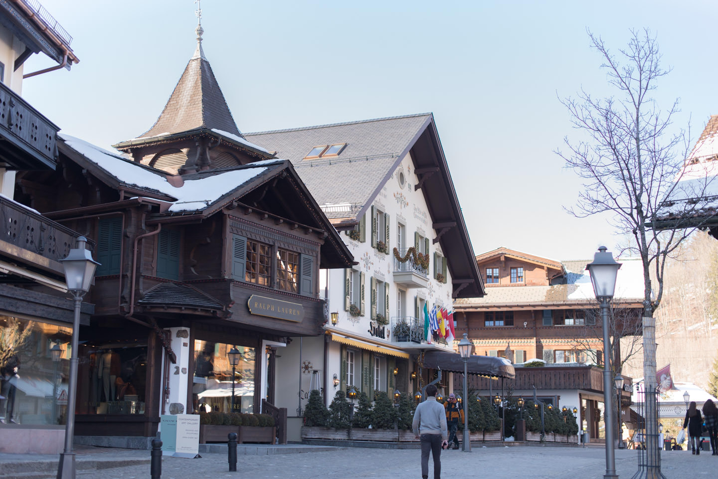 Blog-Mode-And-The-City-Lifestyle-Parenthese-Enchantee-Gstaad-ville-2