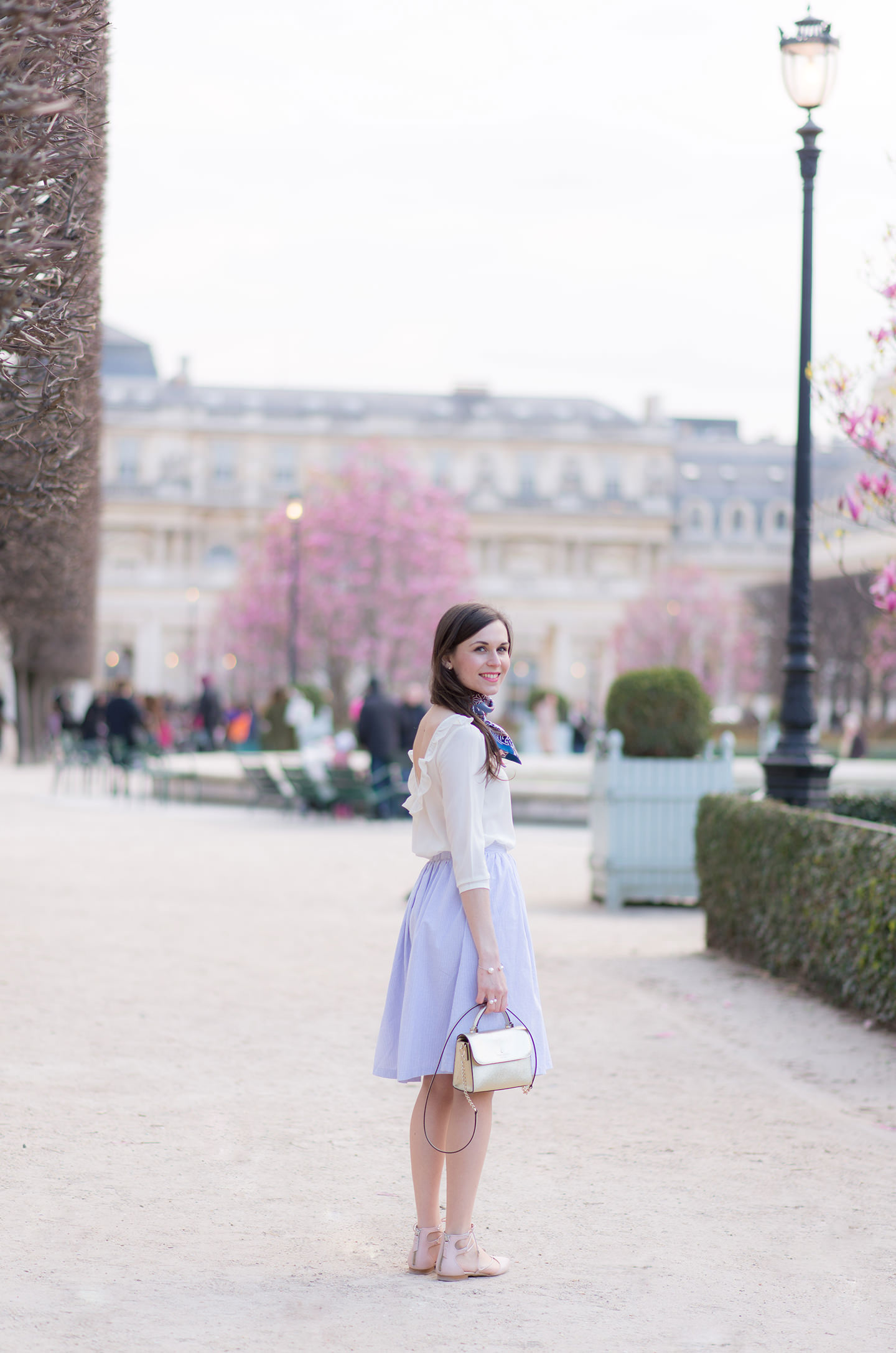 http://www.modeandthecity.net/looks/printemps-palais-royal/