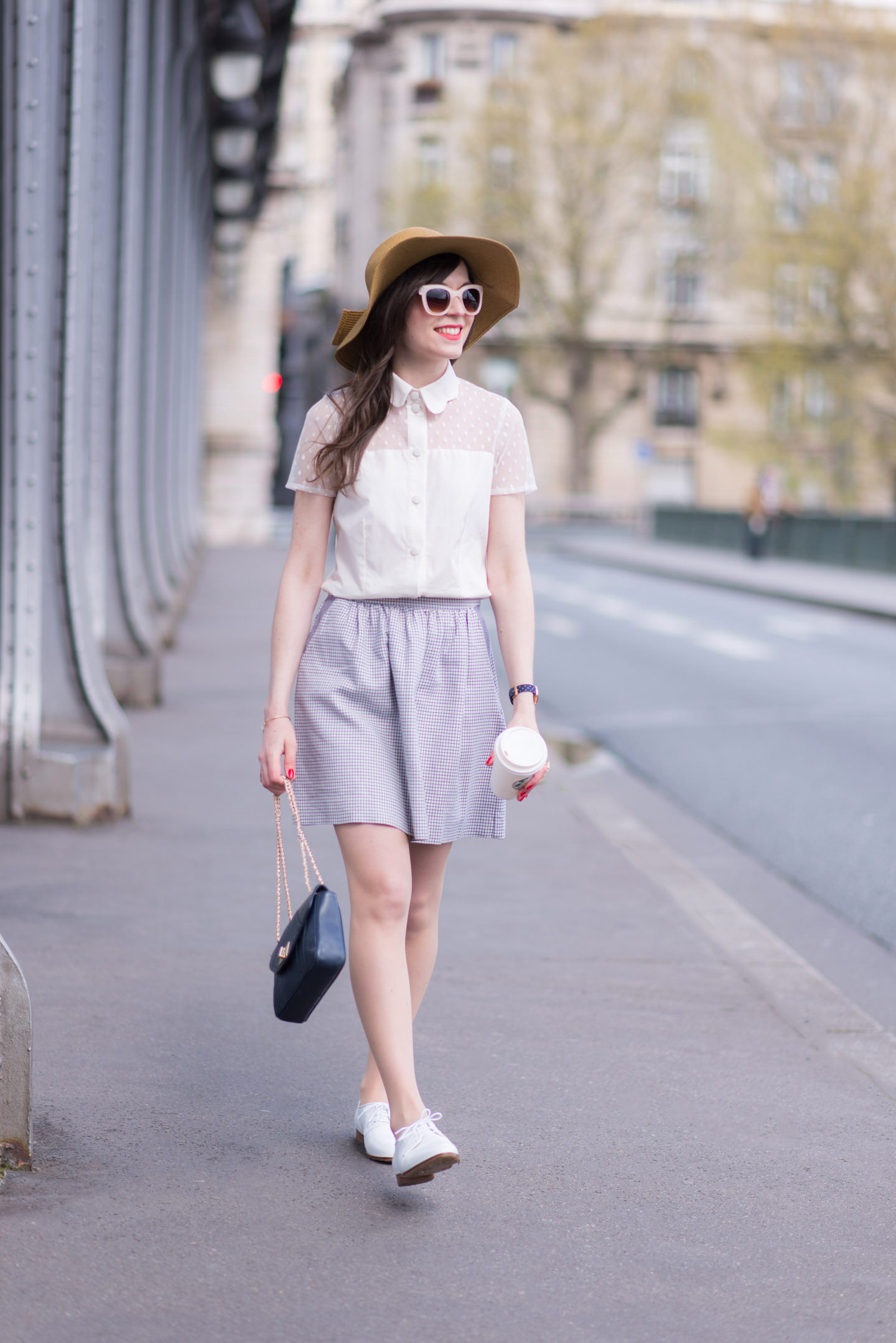 Blog-Mode-And-The-City-Looks-Le-Pont-de-Bir-Hakeim-7