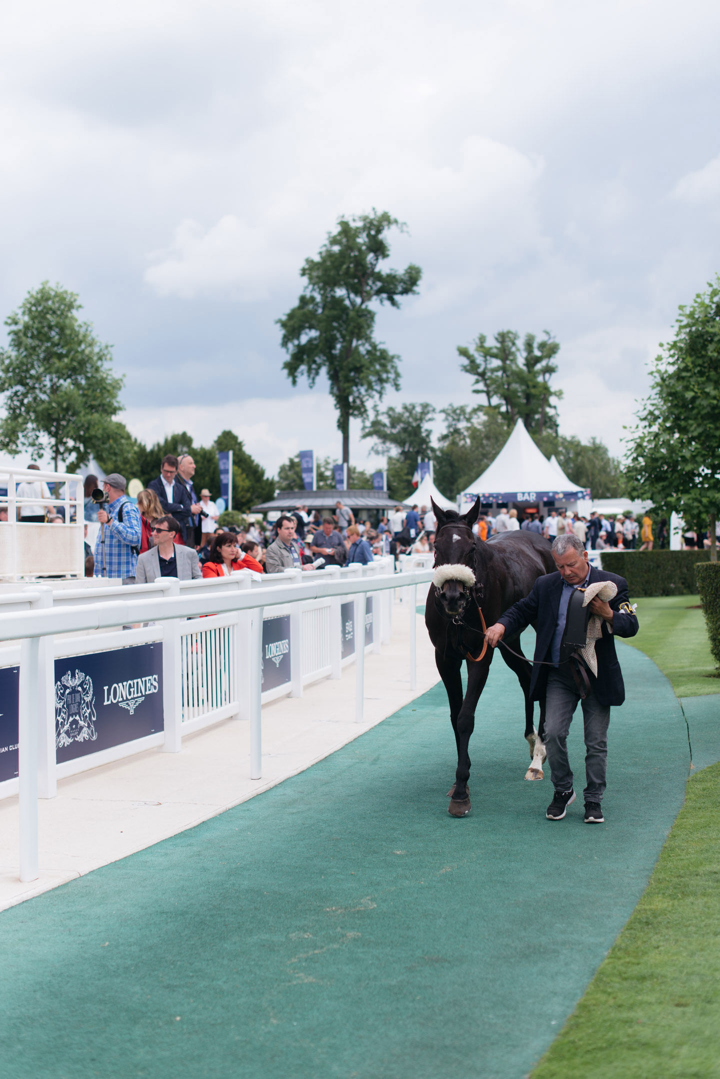 Blog-Mode-And-The-City-Lifestyle-Prix-de-Diane-Longines-2016-17