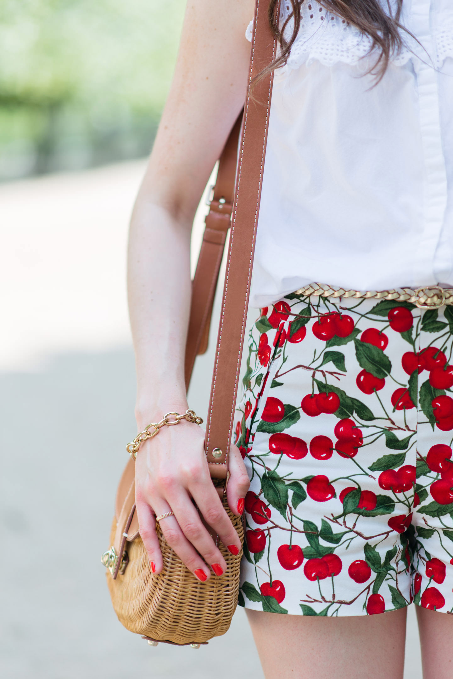 Blog-Mode-And-The-City-Looks-Le-Short-A-Cerises-11