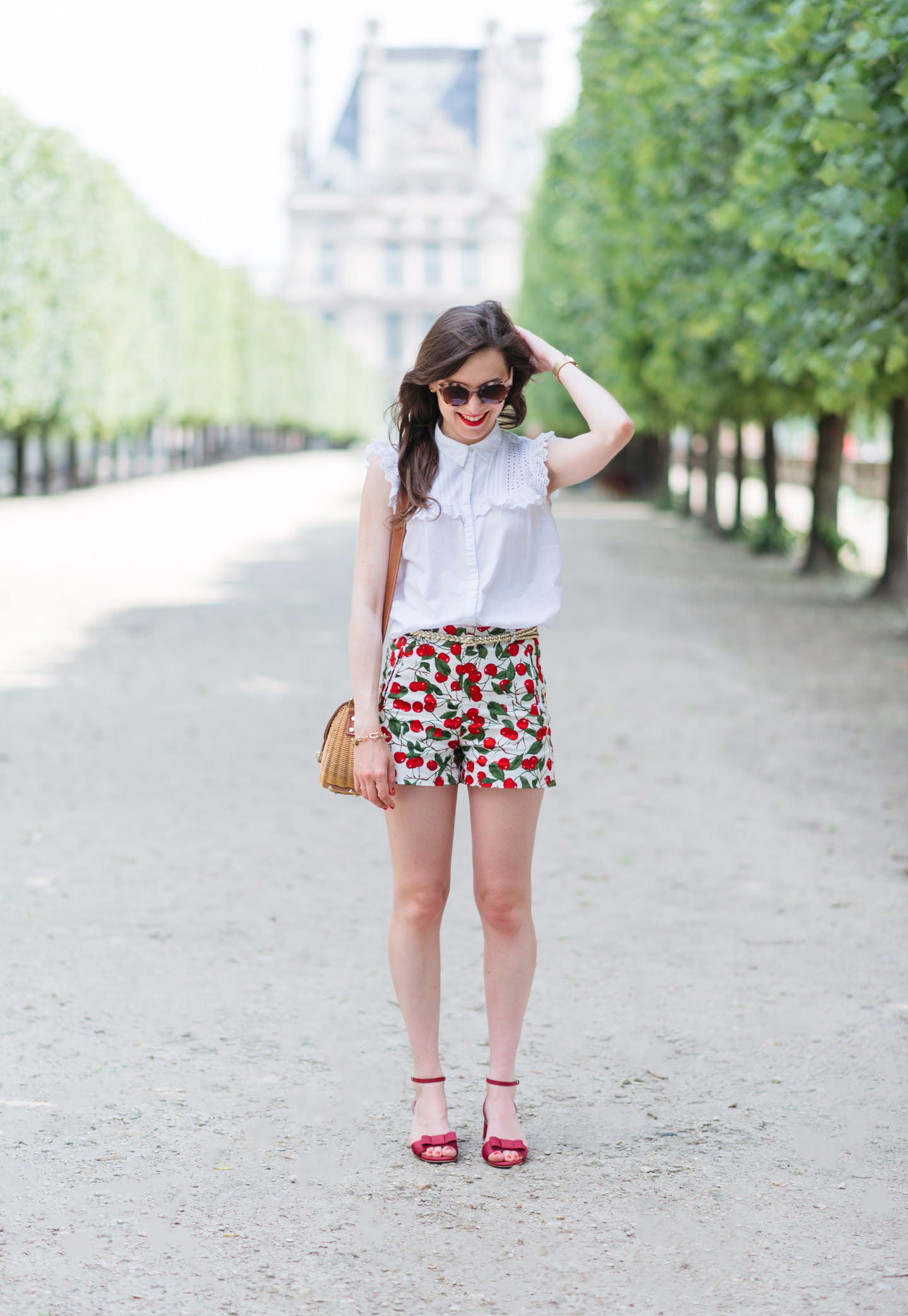 Blog-Mode-And-The-City-Looks-Le-Short-A-Cerises-4