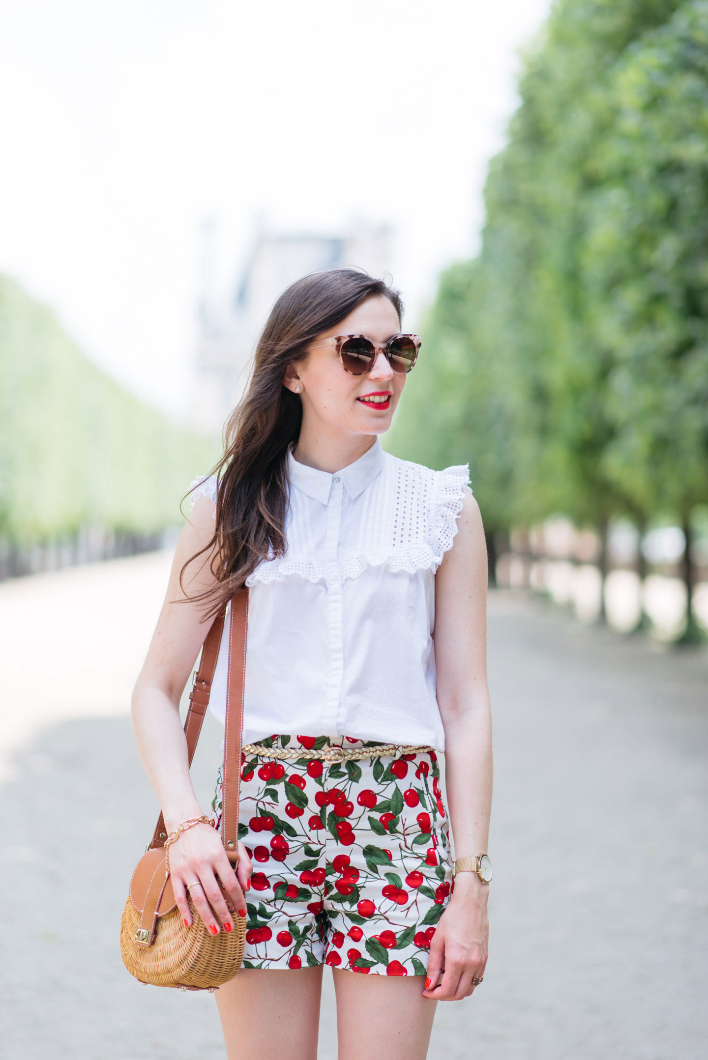 Blog-Mode-And-The-City-Looks-Le-Short-A-Cerises-9