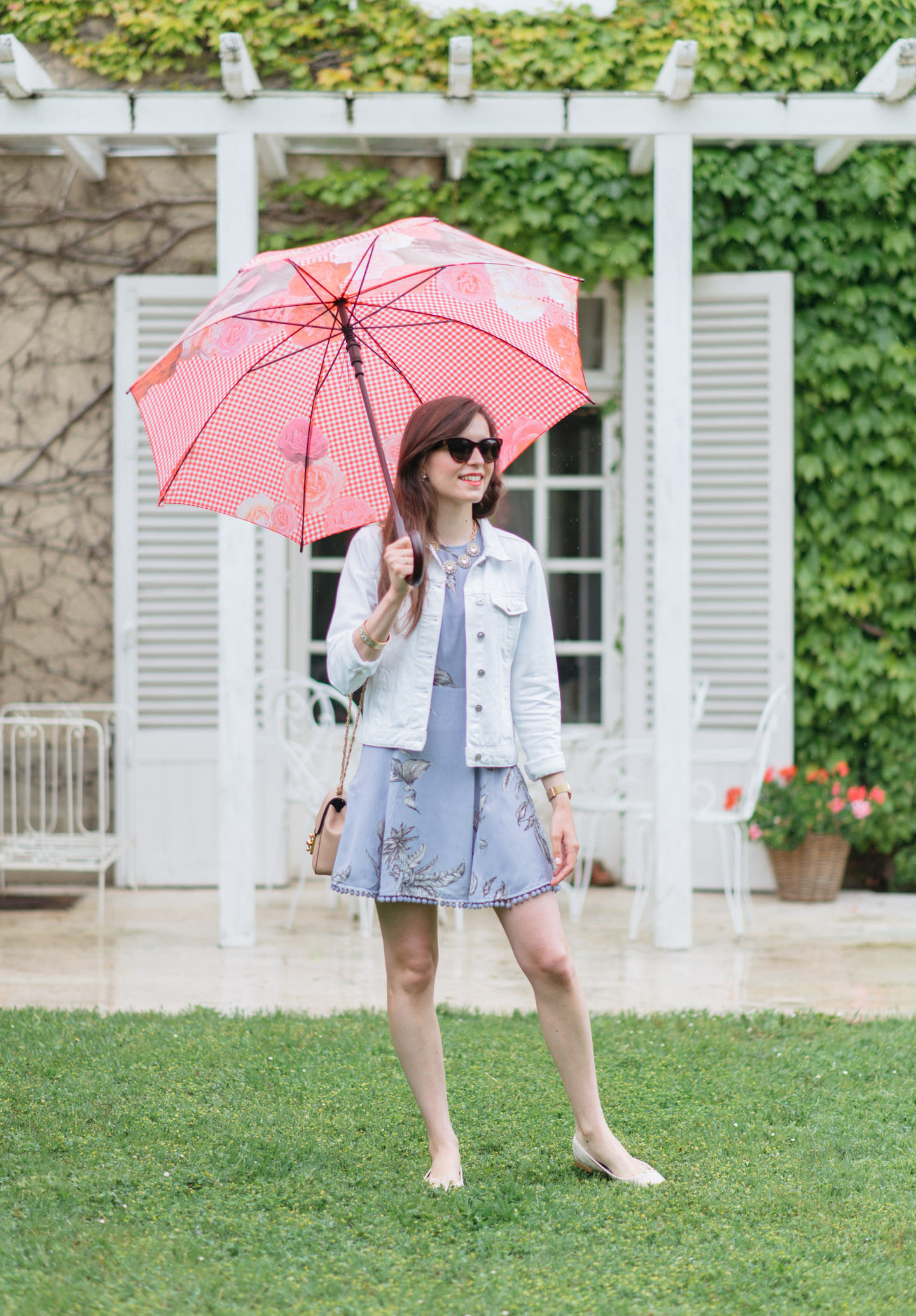 Blog-Mode-And-The-City-Looks-Sous-La-Pluie-002