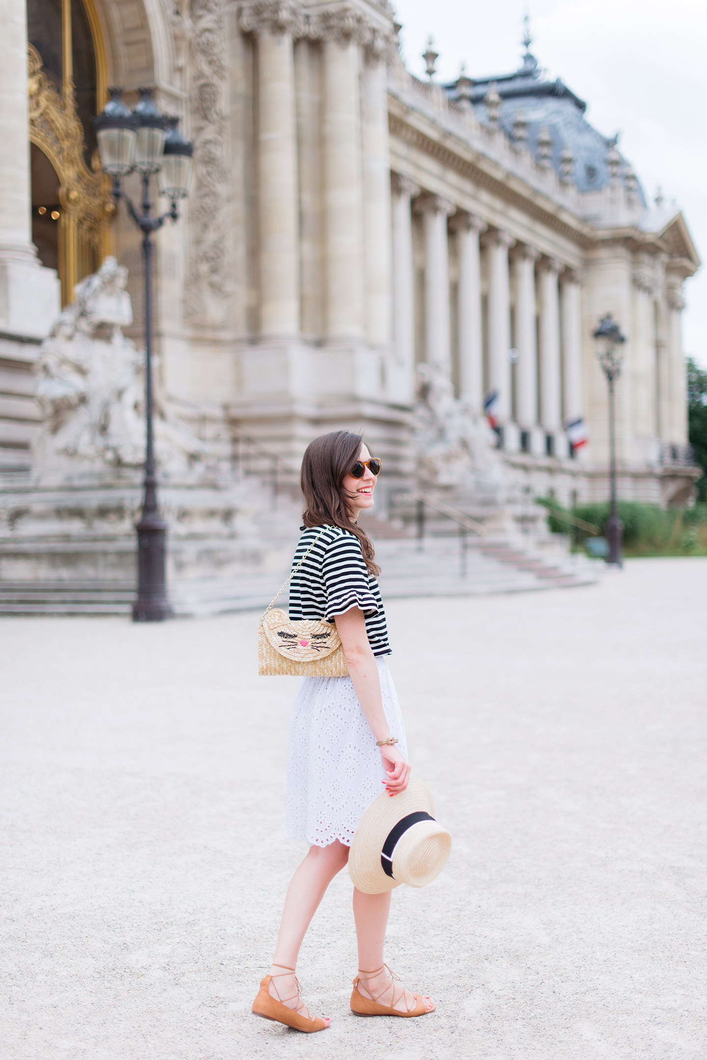 Blog-Mode-And-The-City-Looks-Parisienne-Au-Petit-Palais-2
