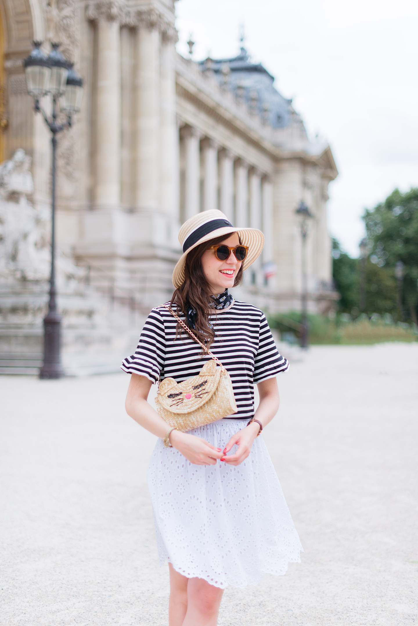 Blog-Mode-And-The-City-Looks-Parisienne-Au-Petit-Palais-7