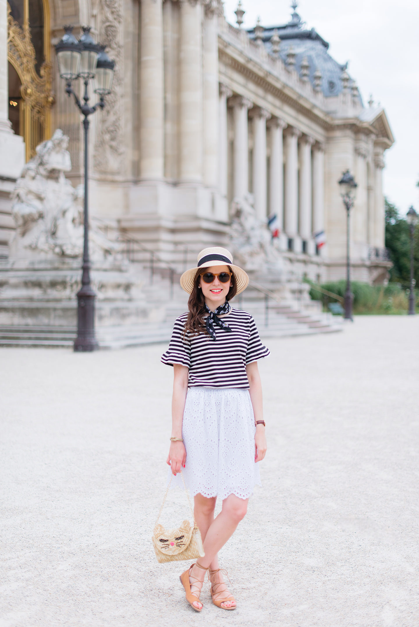 Blog-Mode-And-The-City-Looks-Parisienne-Au-Petit-Palais