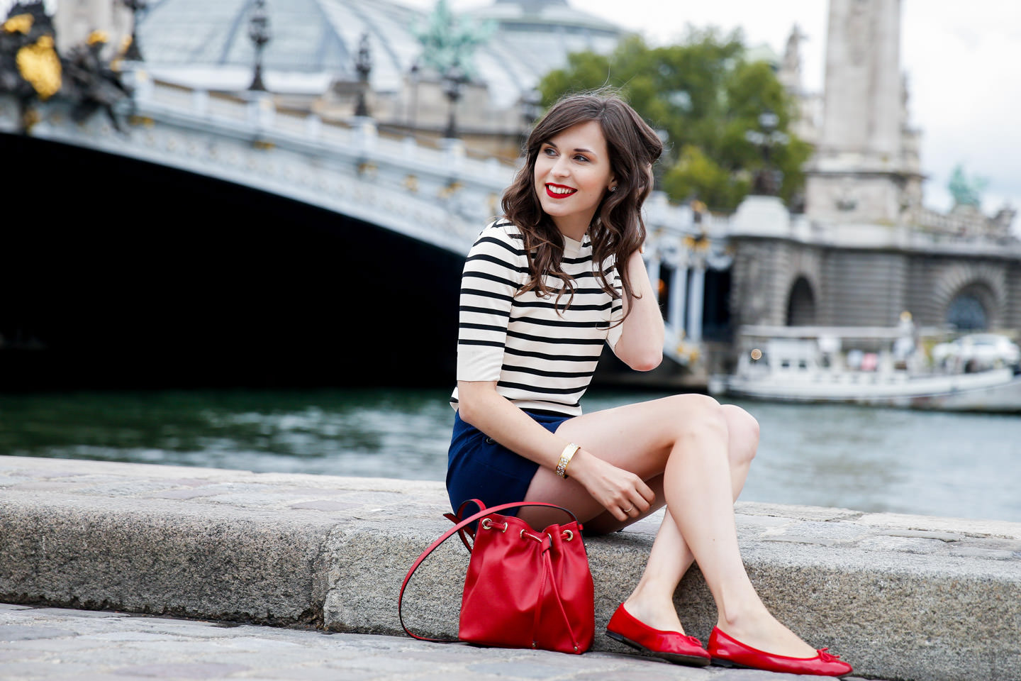 Blog-Mode-And-The-City-Les-Rouges-Velvet-Et-12h-Bourjois-4