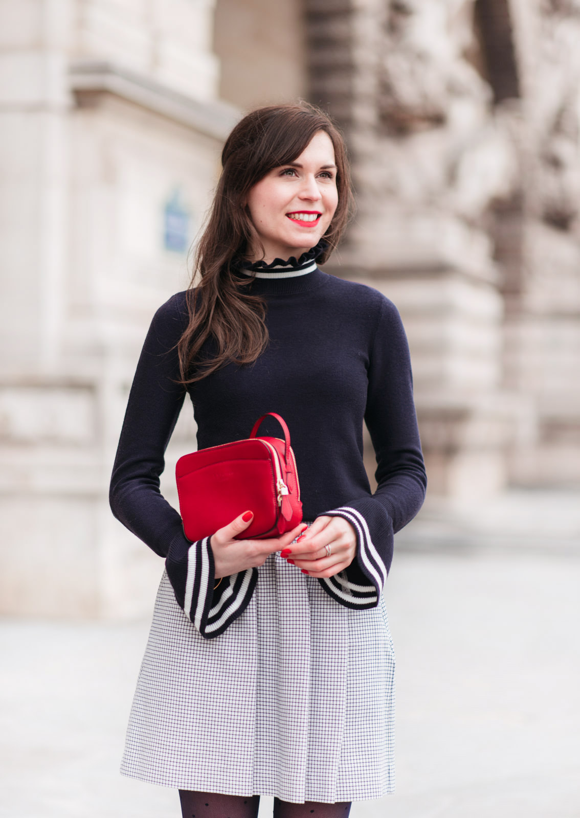 Blog-Mode-And-The-City-Looks-Manches-Cloches-5