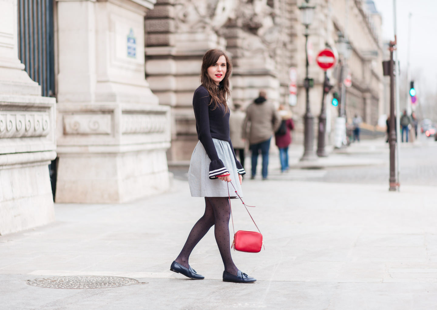 Blog-Mode-And-The-City-Looks-Manches-Cloches-6