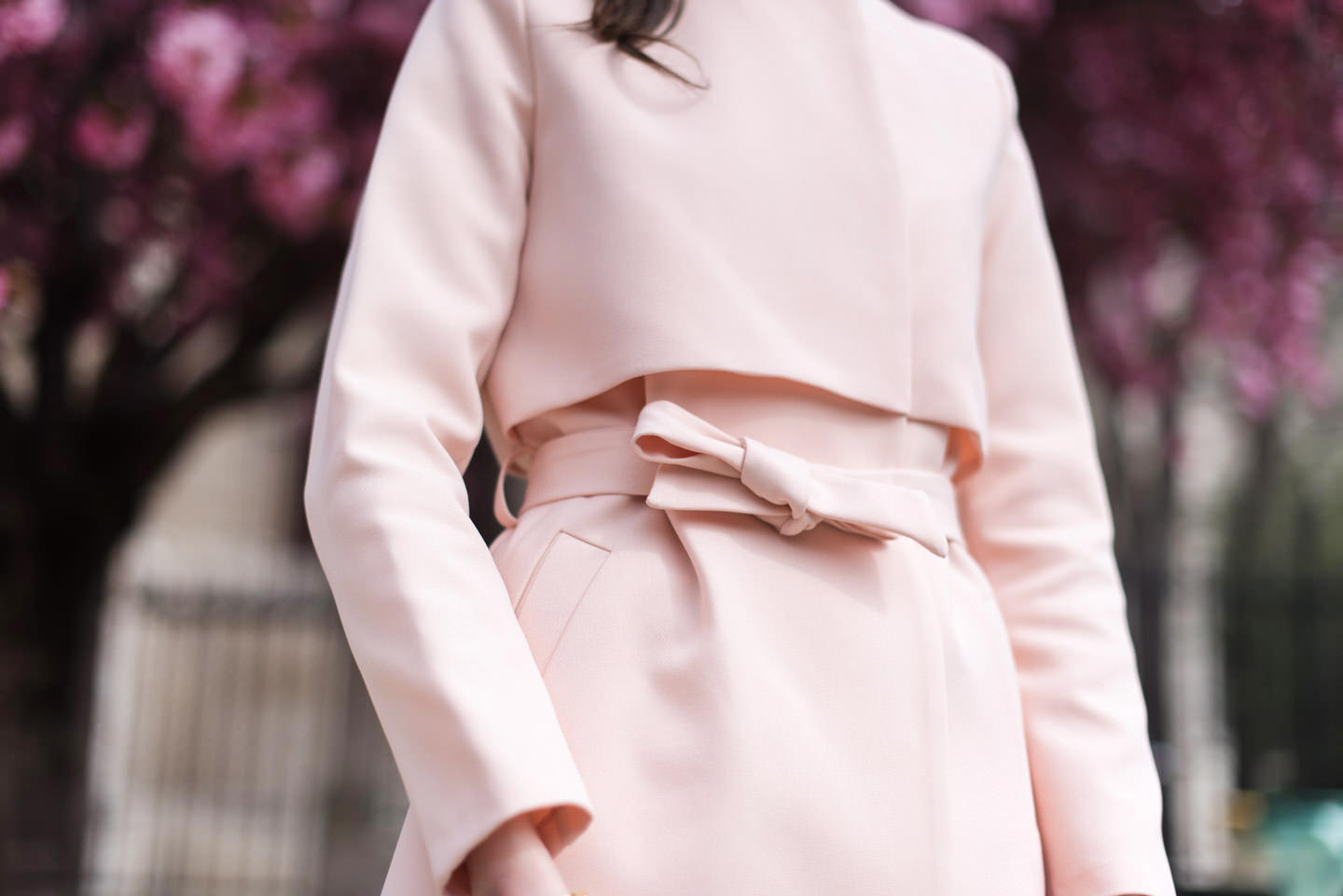Blog-mode-And-The-City-Looks-Trench-Nude-8