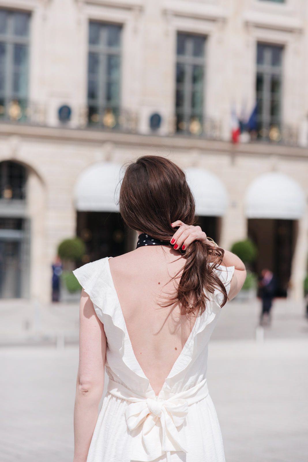Blog-Mode-And-the-City-Looks-La-Robe-Blanche-Parfaite-3
