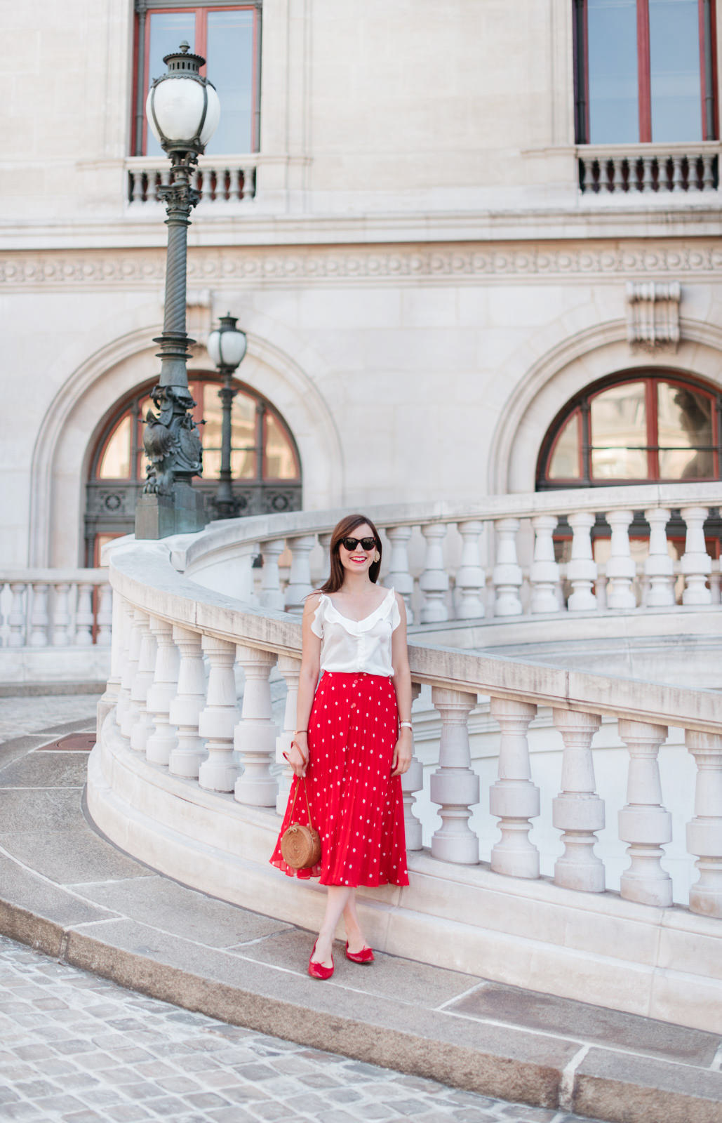 Blog-Mode-And-The-City-Looks-Jupe-rouge-a-pois-4