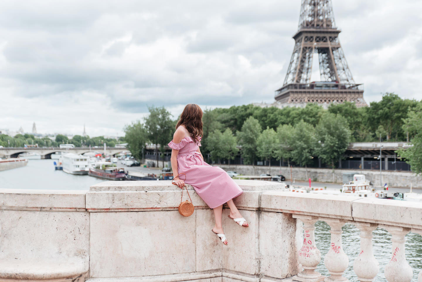 Blog-mode-And-The-City-Looks-Robe-Mango-RAyee-Tour-Eiffel-7