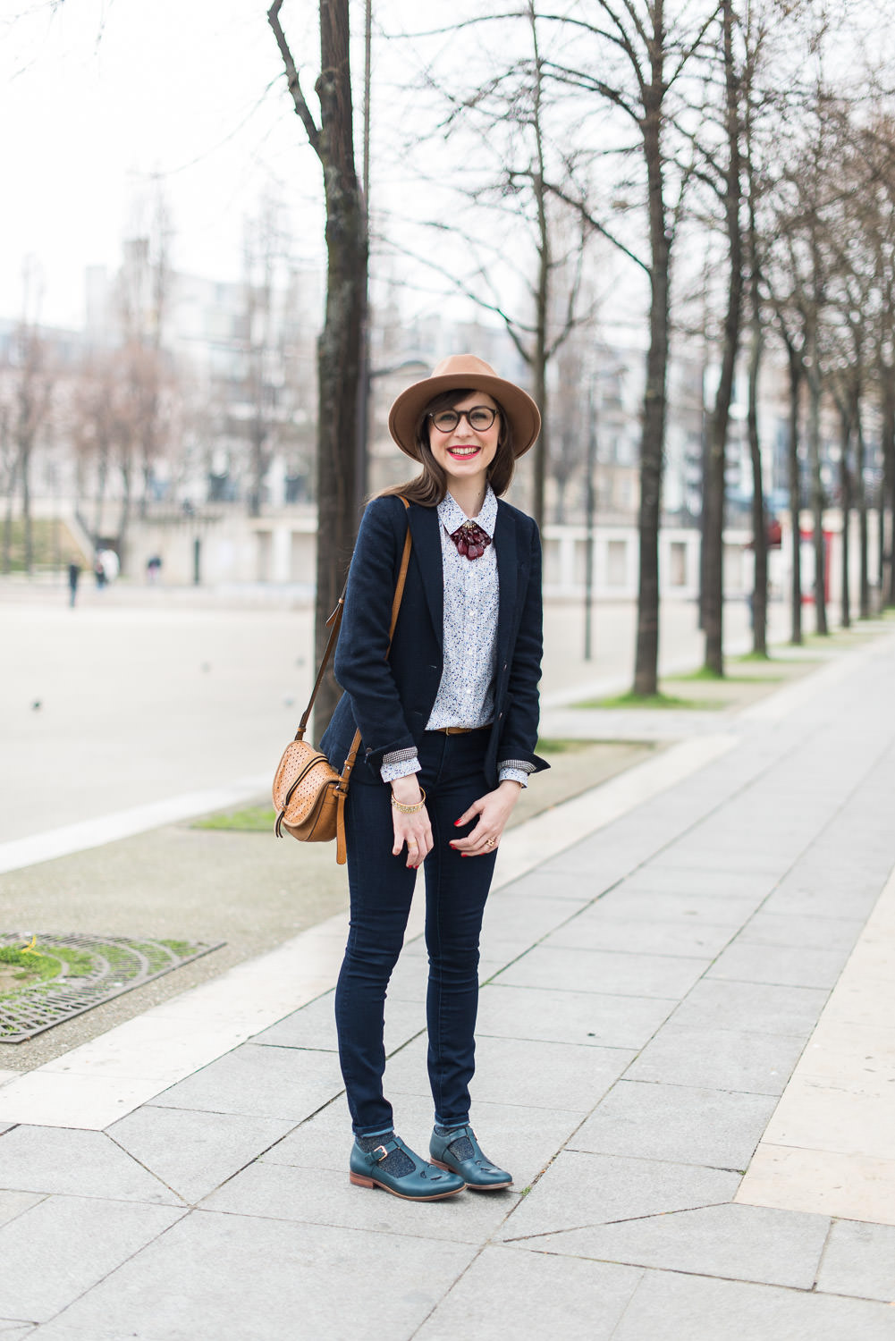 Blog-mode-Mode-And-The-City-looks-collaboration-clarks-orla-kiely-2-6