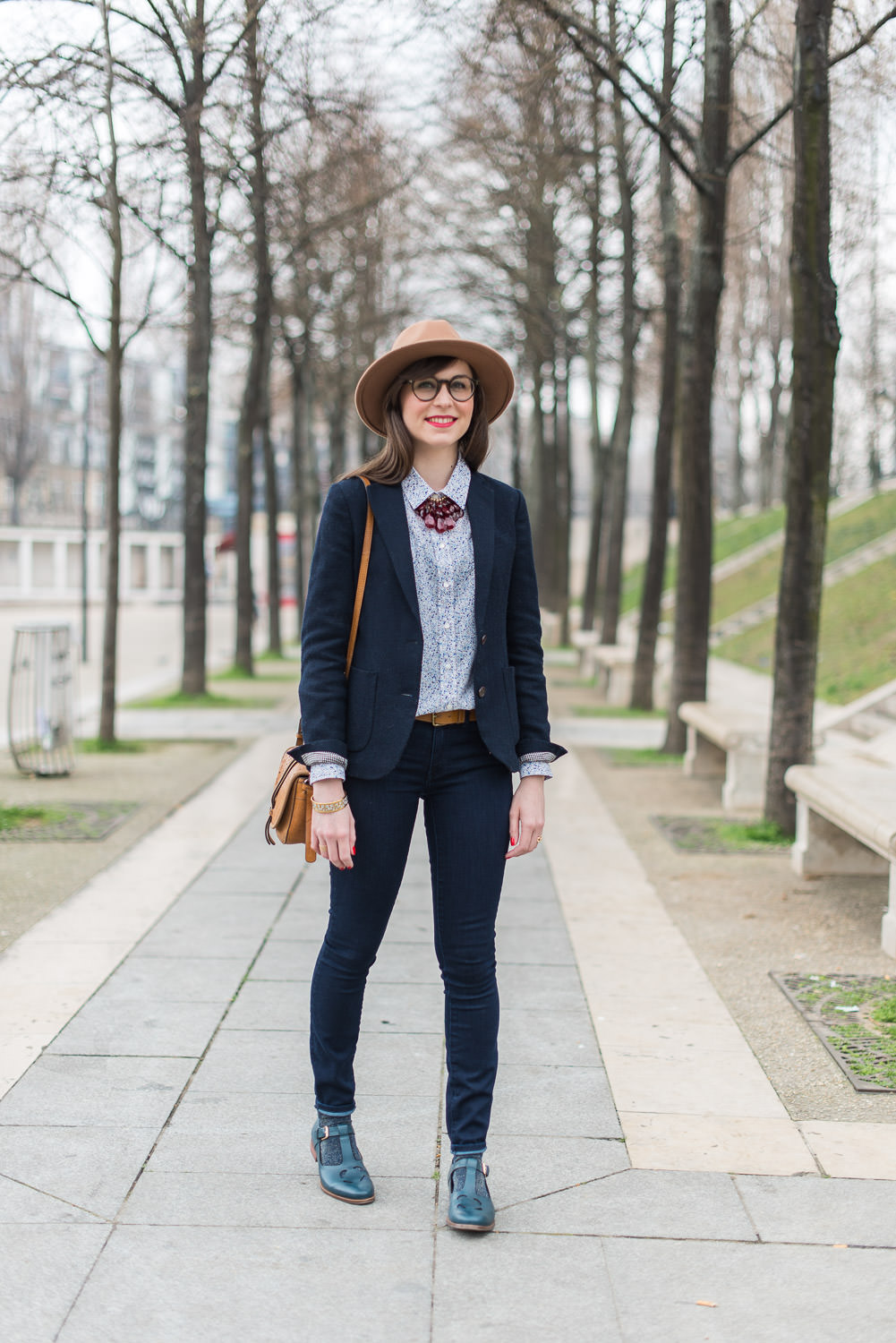 Blog-mode-Mode-And-The-City-looks-collaboration-clarks-orla-kiely-2-7