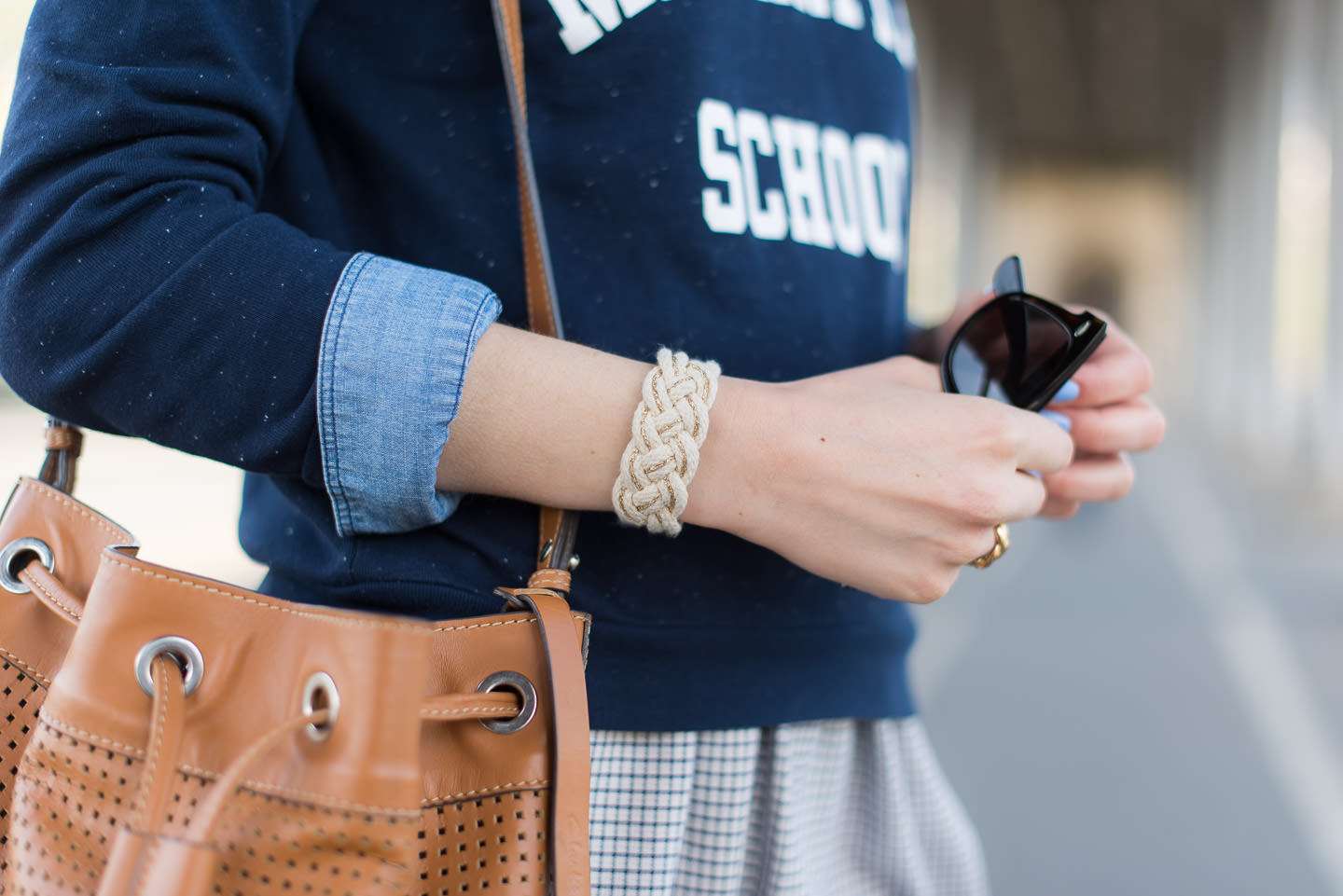 Blog-Mode-And-The-City-looks-Cropped-Sweat-Bizzbee-5