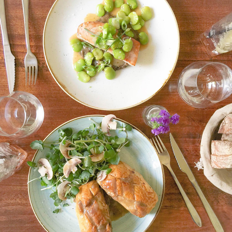 Blog-Mode-And-The-City-Lifestyle-Cinq-Petites-Choses-138-Rosemary-Pub-Paris