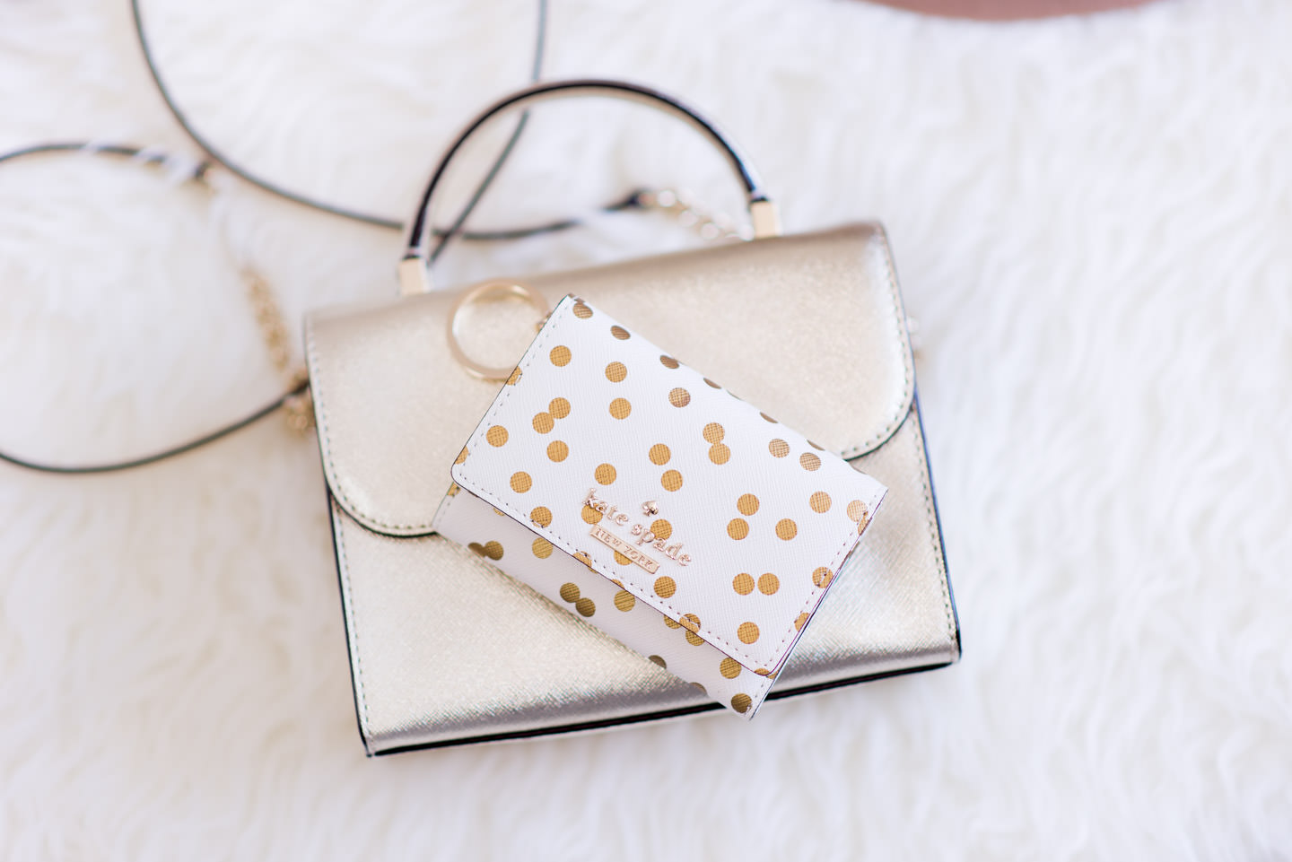 Blog-Mode-And-The-City-Lifestyle-Cadeaux-Noel-portefeuille-kate-Spade-pois