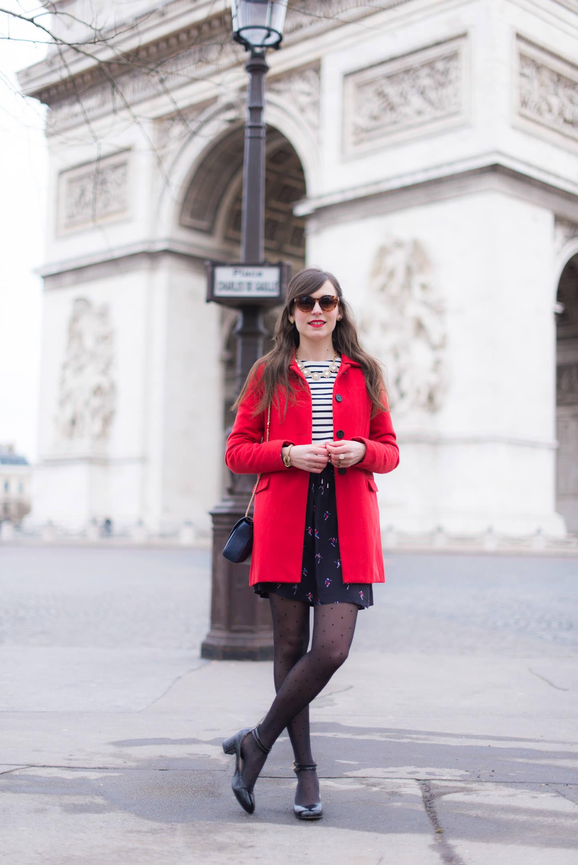 Blog-Mode-And-The-City-Looks-Au-Pied-Arc-Triomphe-Paris-8