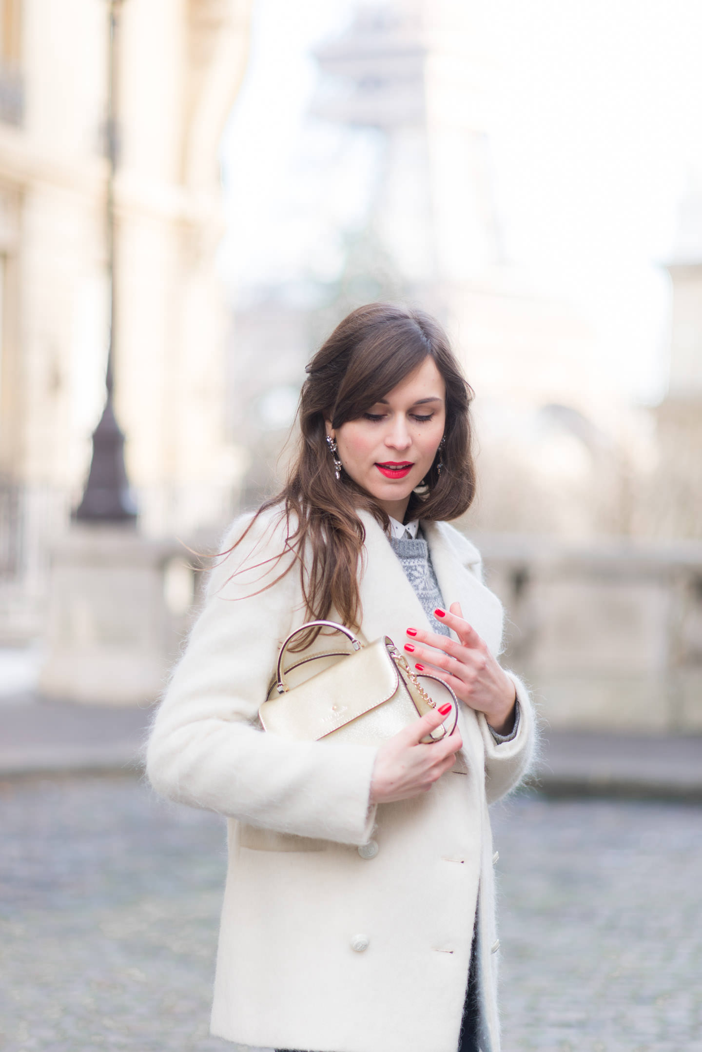 Blog-Mode-And-The-City-Looks-Le-manteau-blanc-7
