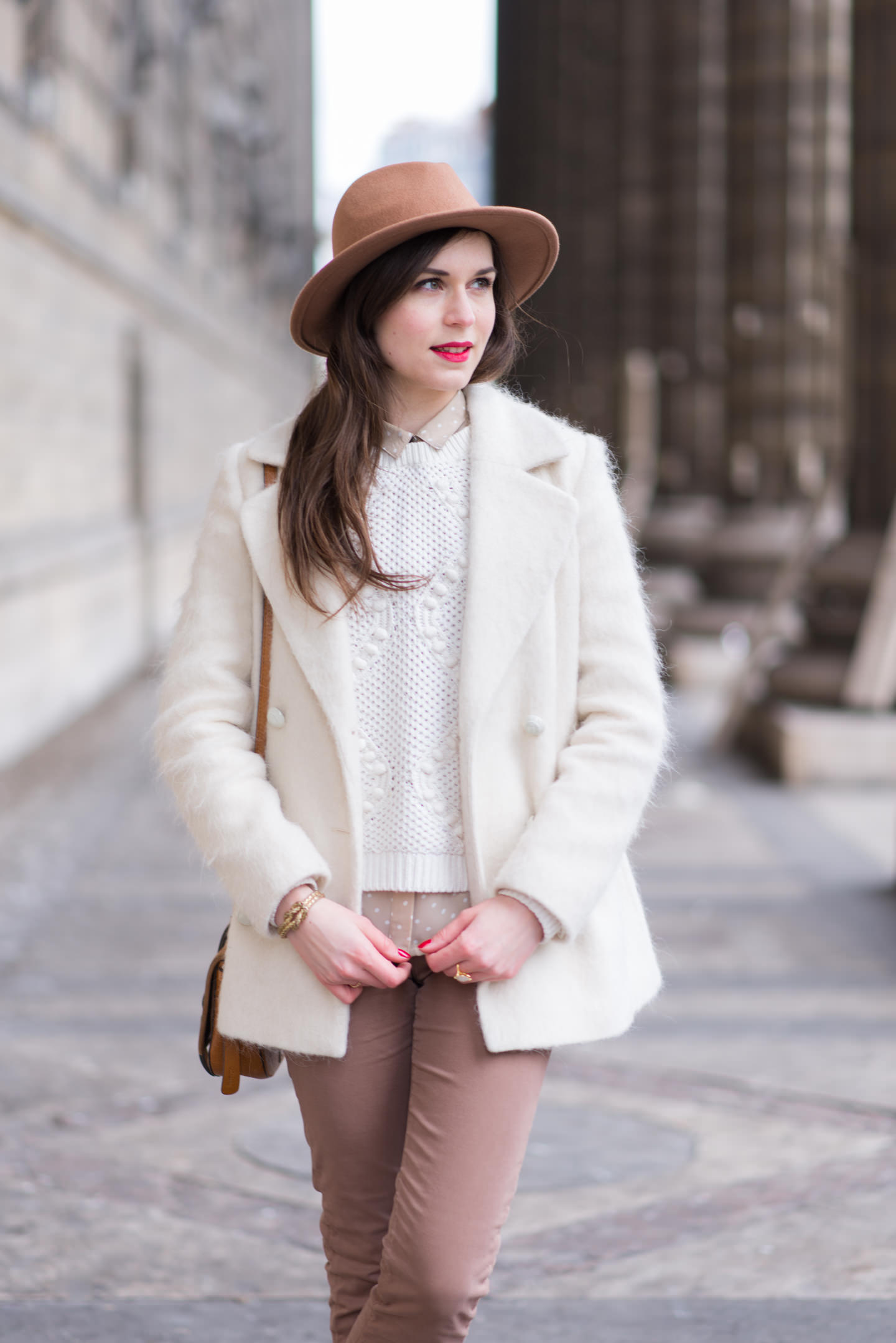 Blog-Mode-And-The-City-Looks-Couleurs-Claires