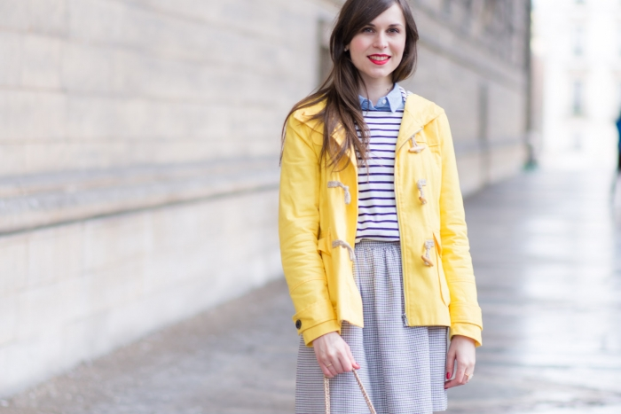 Blog-Mode-And-The-City-Looks-En-Couleur-Sous-La-Pluie