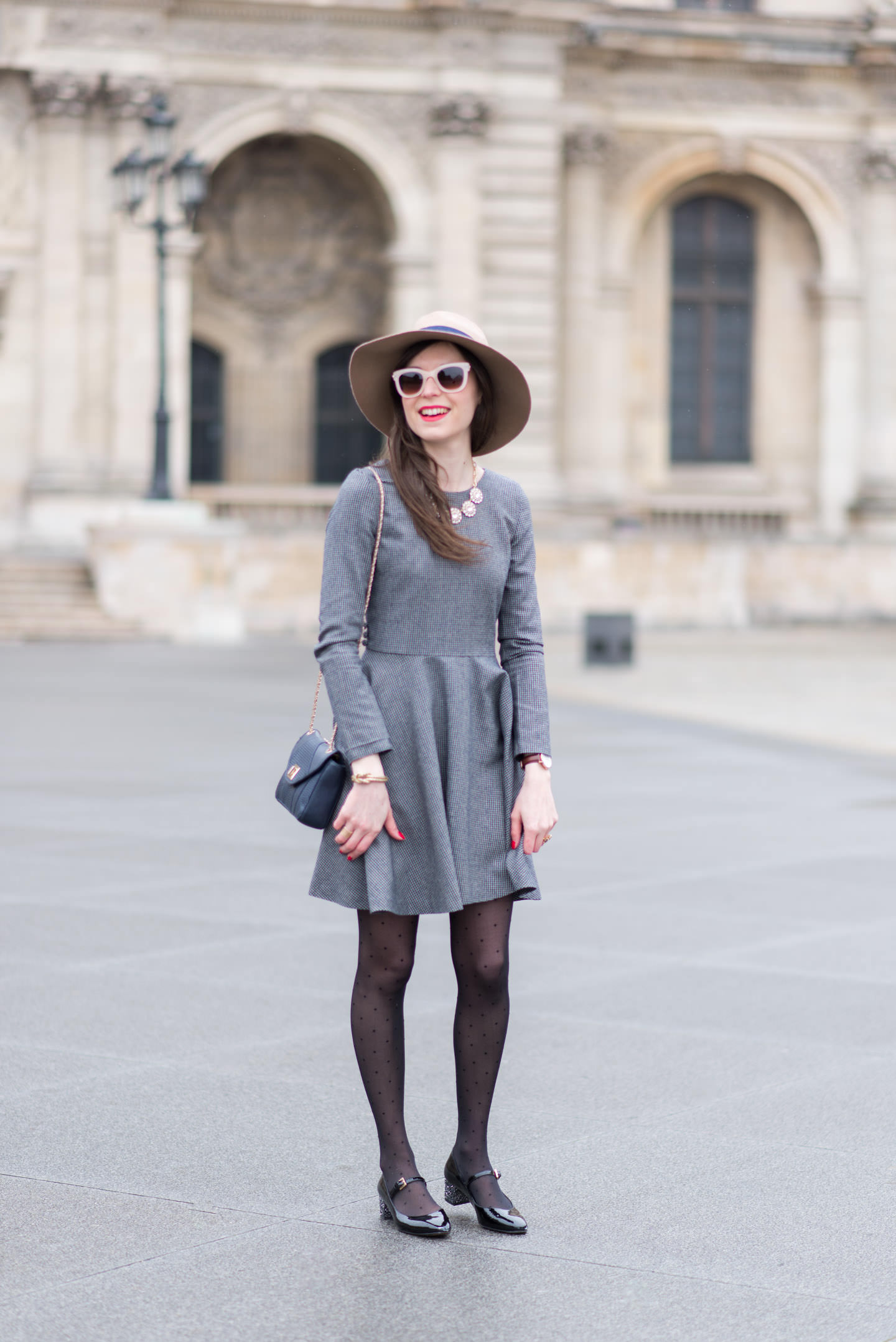Blog-Mode-And-The-City-Looks-Tout-Gris