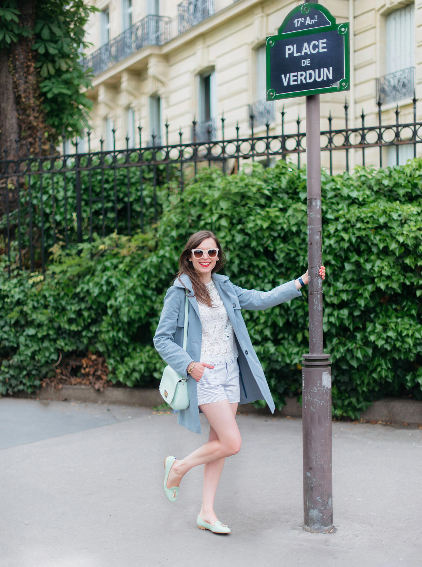Blog-Mode-And-The-City-Looks-En-Short-Et-Trench