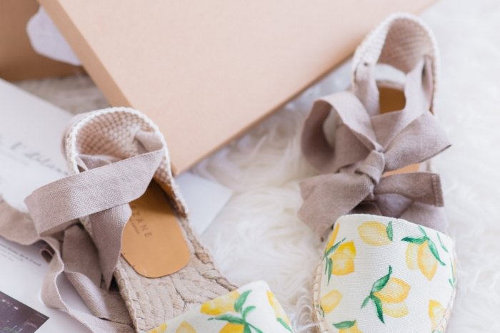 Blog-Mode-And-The-City-Lifestyle-Cinq-Petites-Choses-espadrillles-citron-sezane2