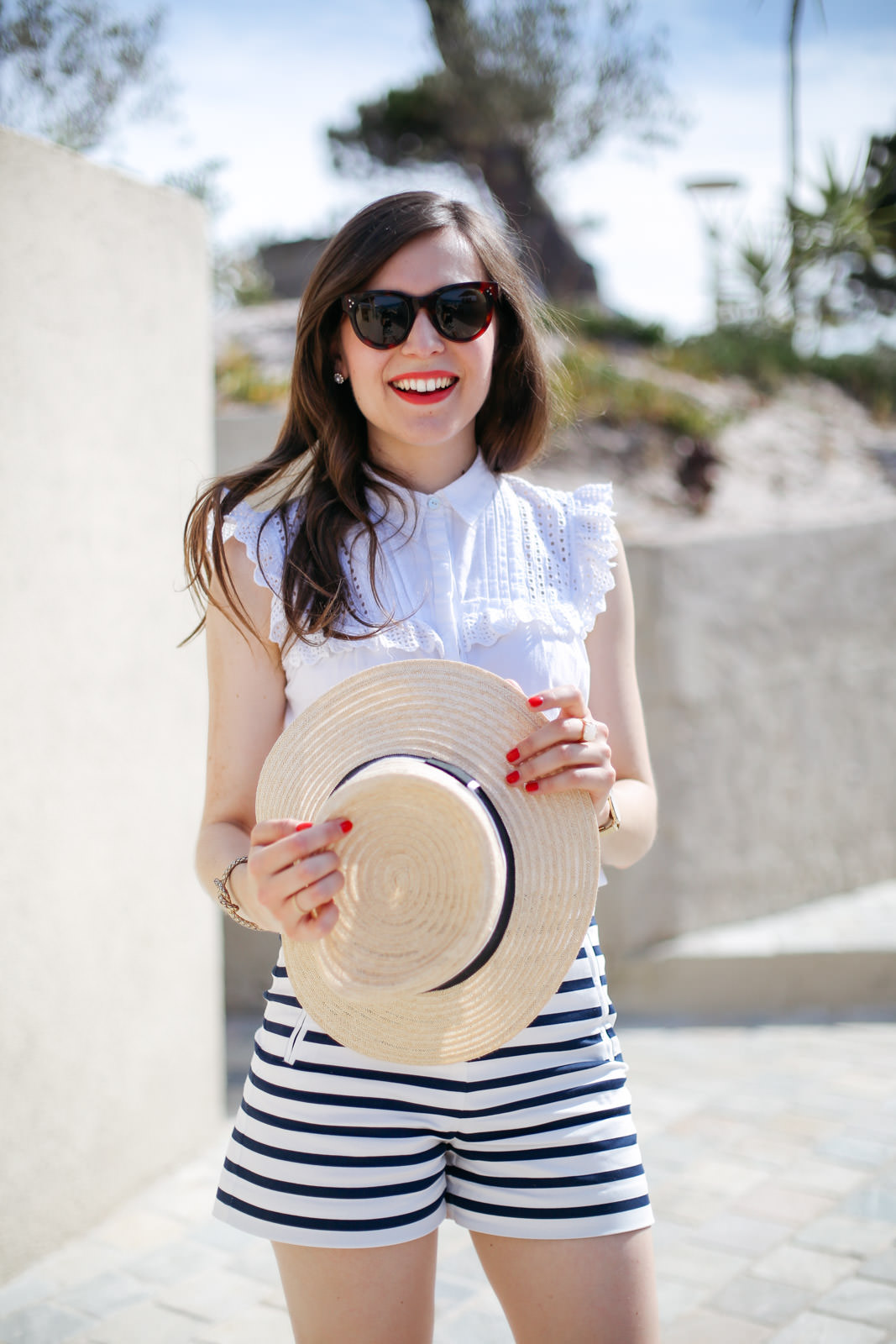 Blog-Mode-And-The-City-Looks-Les-Pieds-Dans-Le-Sable-A-Calvi-5