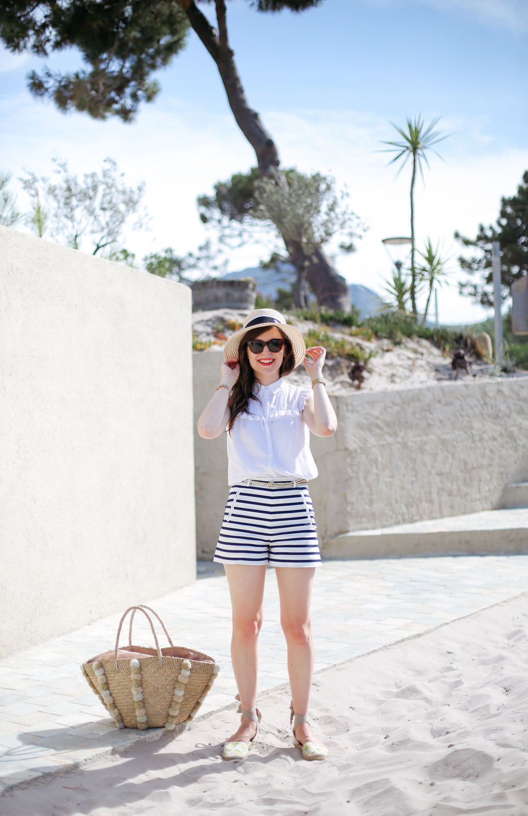 Blog-Mode-And-The-City-Looks-Les-Pieds-Dans-Le-Sable-A-Calvi