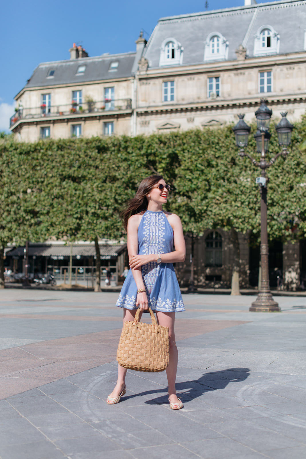 Blog-Mode-And-The-City-Looks-Robe-Jean-Brodee-5