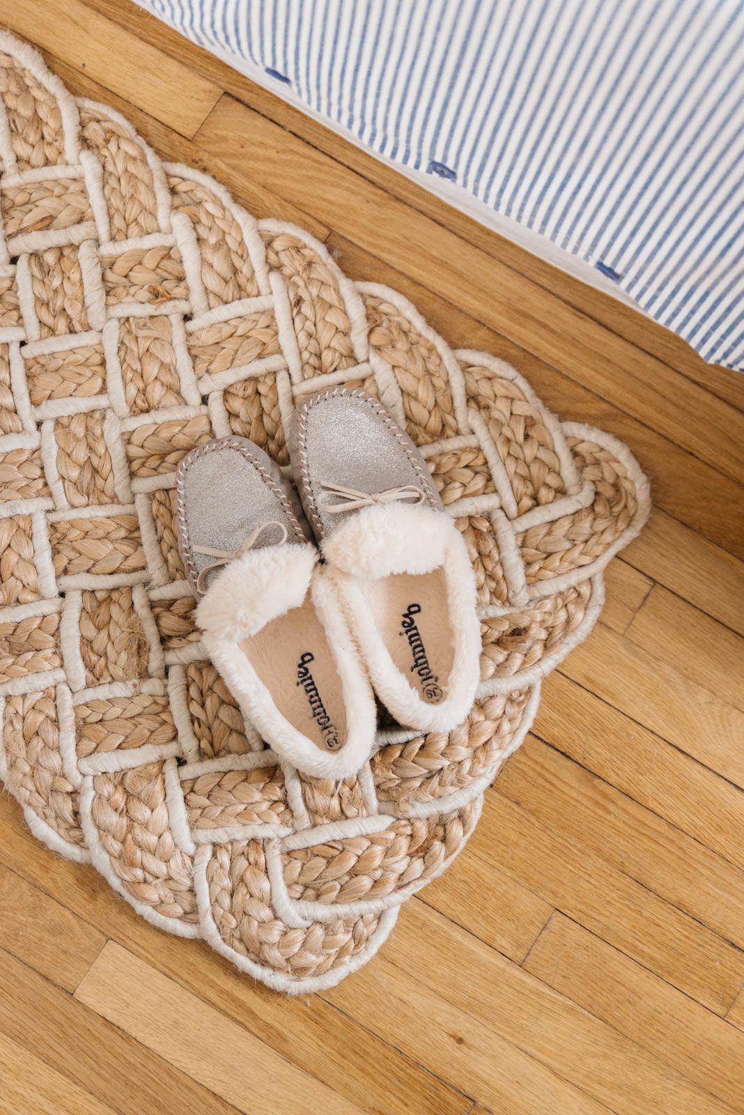 Blog-Mode-And-The-City-Lifestyle-Cinq-Petites-Choses-194-chaussons-boden