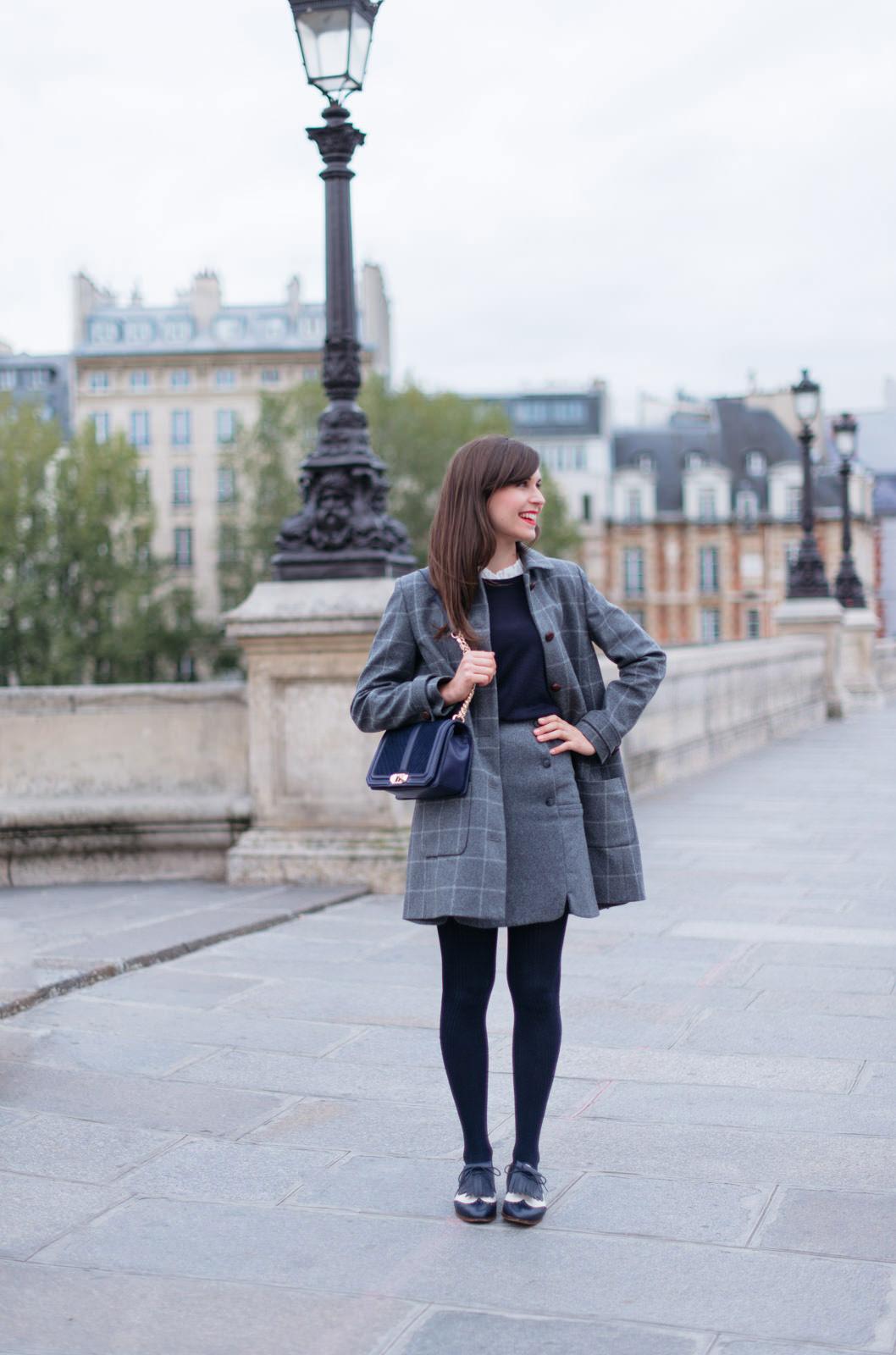 Blog-Mode-And-The-City-Looks-Manteau-Ringo-Sezane-carreaux-3