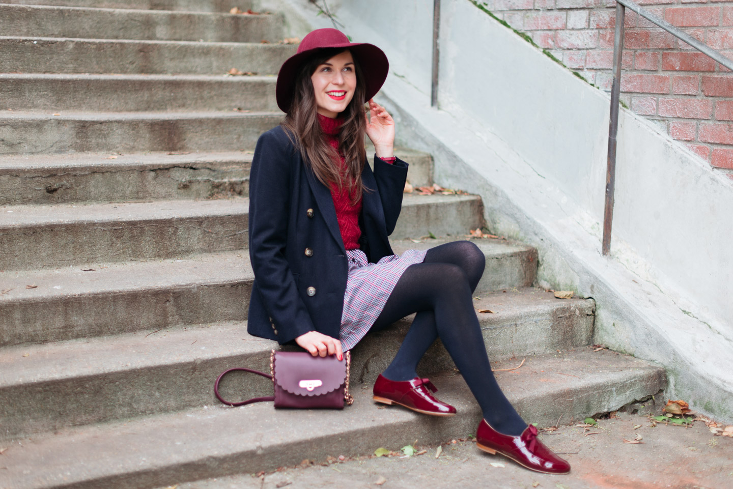 Blog-Mode-And-The-City-Looks-En-Bordeaux-Marine-6