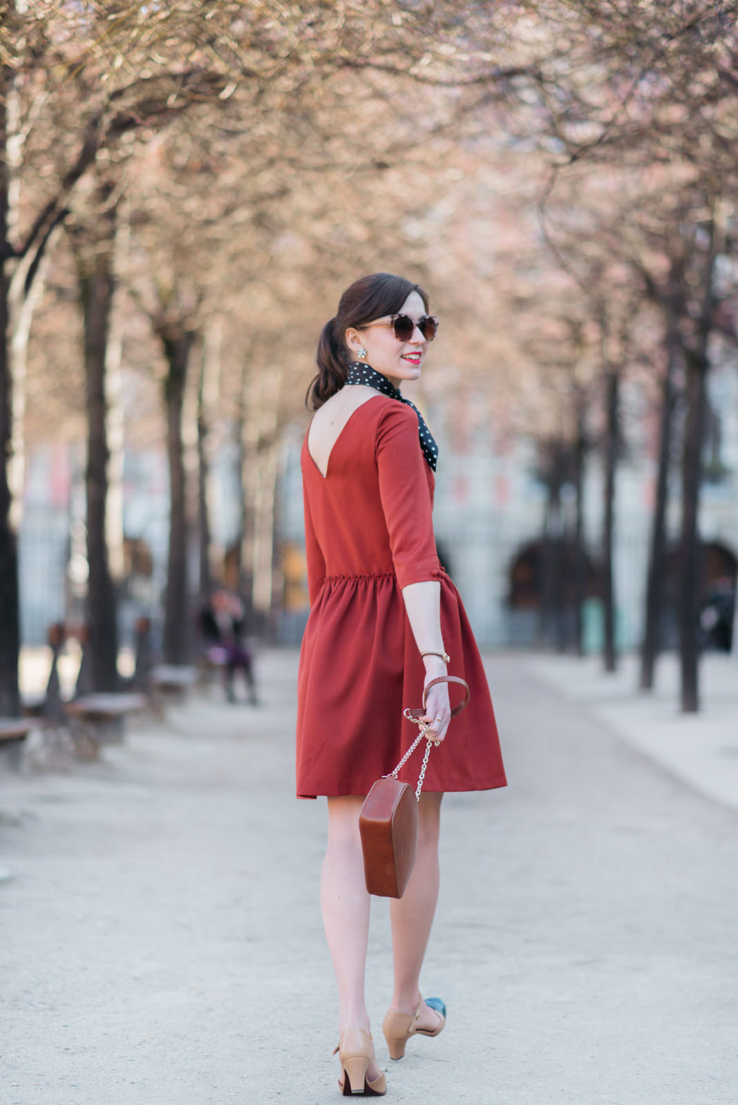 Blog-Mode-And-The-City-Looks-Robe-Isika-place-Des-Vosges-10