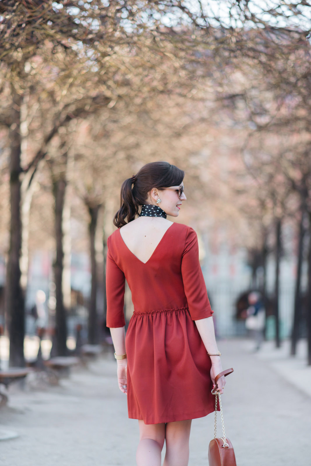 Blog-Mode-And-The-City-Looks-Robe-Isika-place-Des-Vosges-6