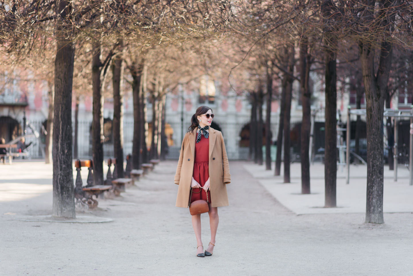 Blog-Mode-And-The-City-Looks-Robe-Isika-place-Des-Vosges-7