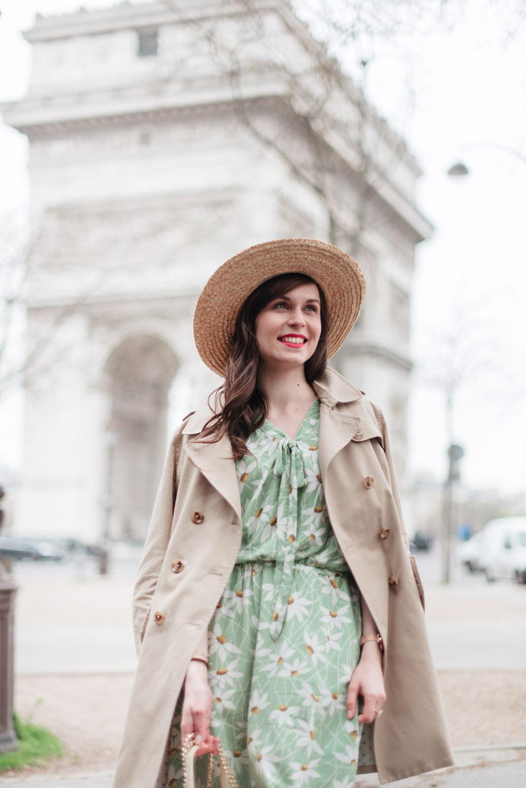 Blog-Mode-And-The-City-Looks-Robe-Fleuri-Arc-de-Triomphe-8