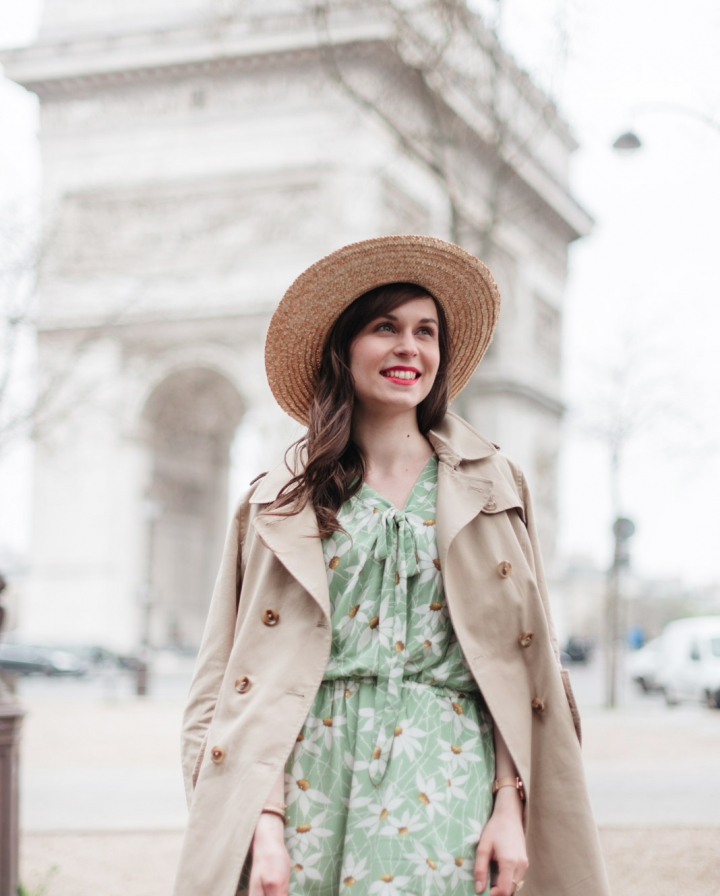 Blog-Mode-And-The-City-Looks-Robe-Fleuri-Arc-de-Triomphe-8