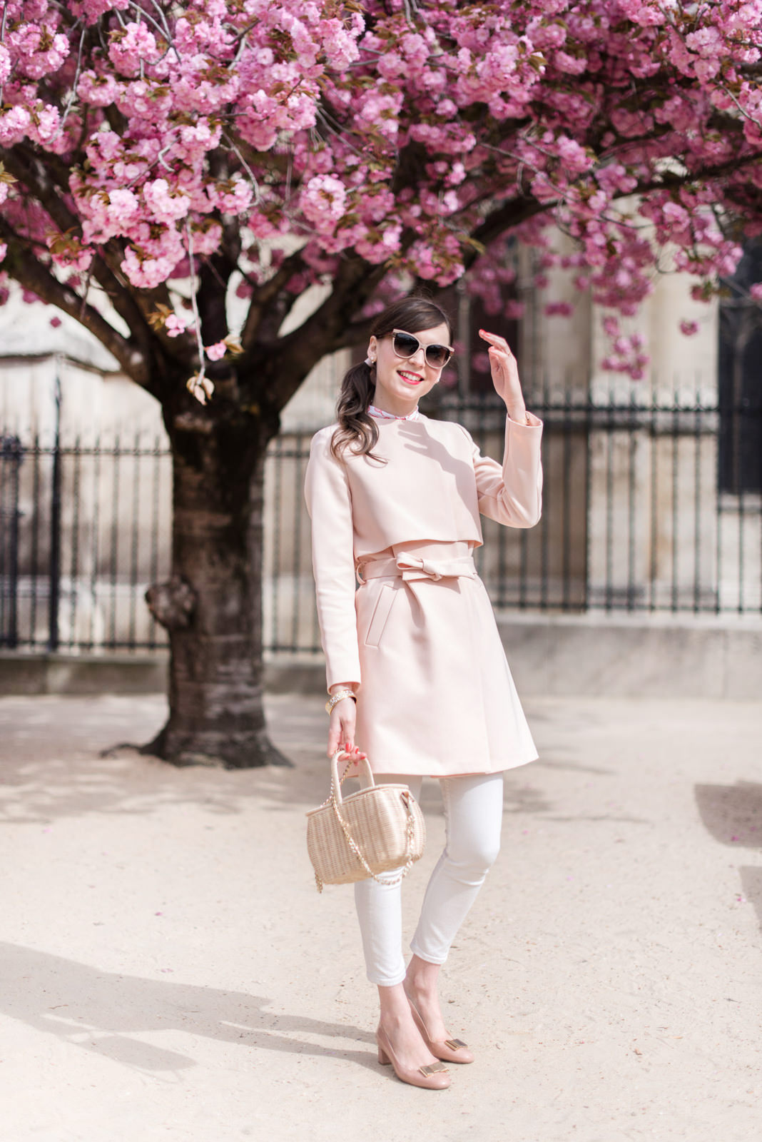 Blog-mode-And-The-City-Looks-Trench-Nude-3